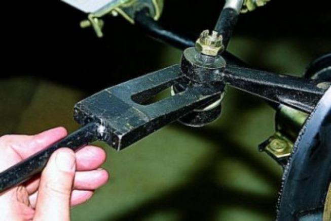 Замена рулевых наконечников 4